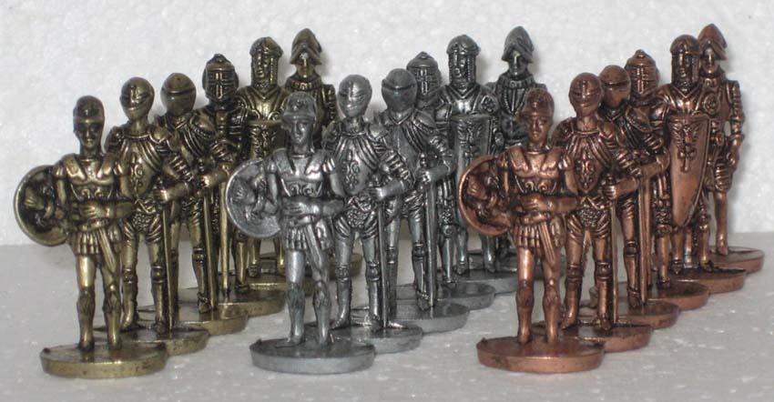 Киндер сюрприз. Рыцари. 35 мм. Разные цвета - латунь, железо, медь.